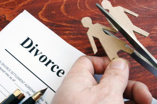 hire best divorce lawyer near you - Pamela Cominos